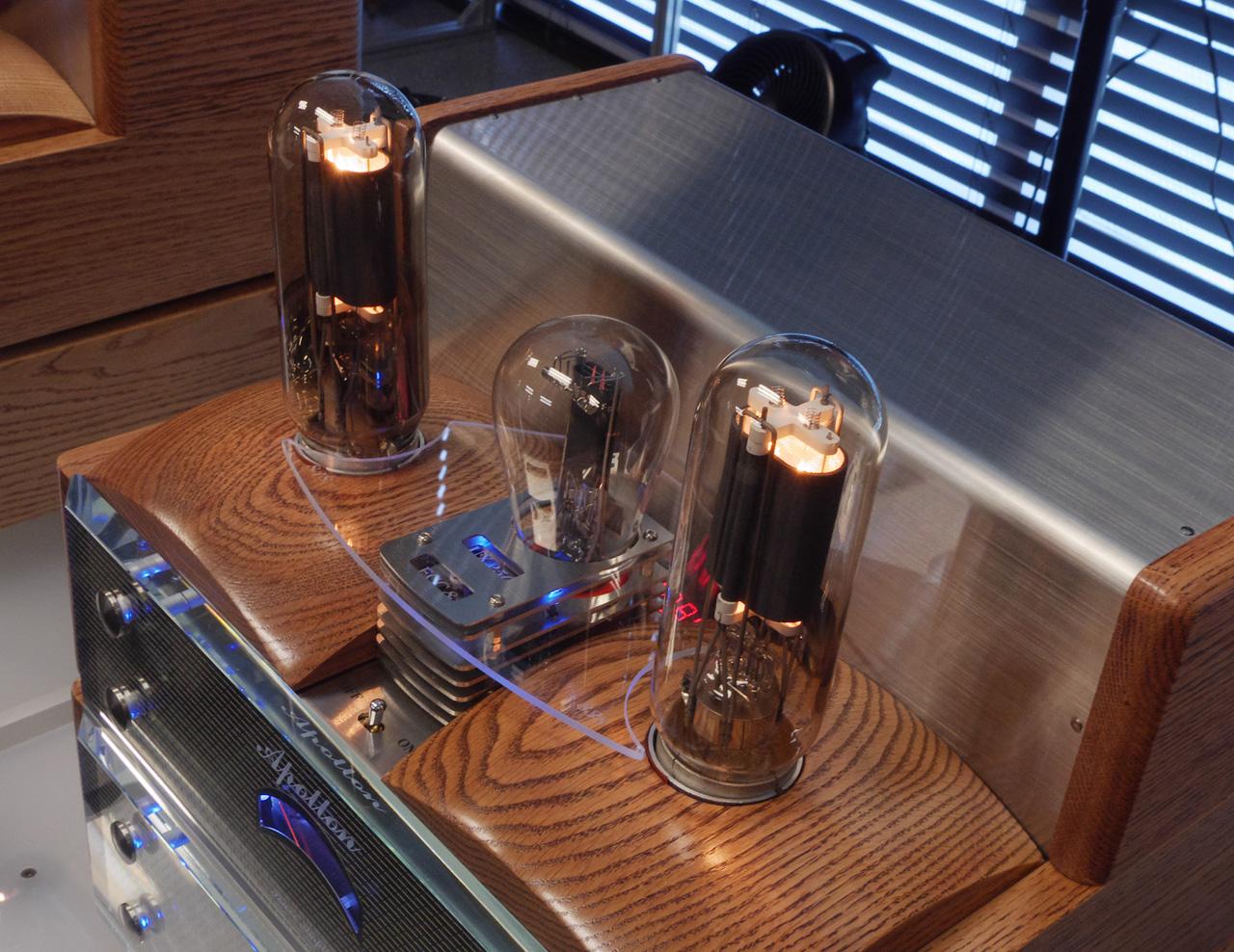 apollon-daphne-power-amplifier-detail-featured